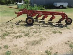 Case IH 5 Bottom Furrow Plow