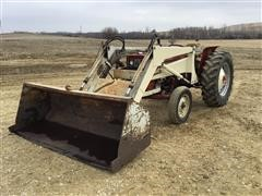 1968 International 444 2WD Tractor W/Loader