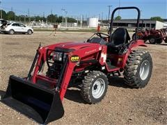 2017 Mahindra 15264FSIL Compact Utility Tractor W/Loader