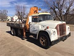 1969 International Harvester 1600 Pivot Moving Truck With Crane