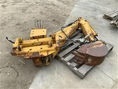 Davis /Case IH SD100 Backhoe Attachment