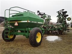 1995 John Deere 680 Air Seeder