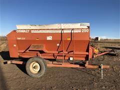 Oswalt 250 Feeder Wagon
