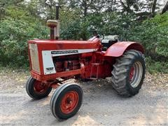 1964 International 706 Gas Standard-Tread 2WD Tractor