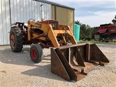 1971 International Farmall 656 2WD Tractor W/Loader