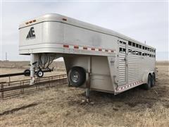 2007 Elite Aluminum 20' T/A Livestock Trailer