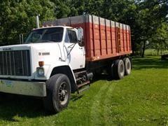 1980 GMC Brigadier Grain Truck