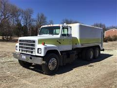 1981 International F2575 T/A Water Truck