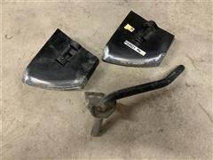 John Deere 650 Scraper Blades