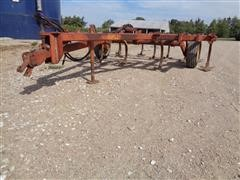Sunflower RC12 Pull Type 12' Chisel Plow