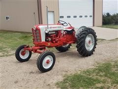 1958 Ford 901 PowerMaster 2WD Tractor
