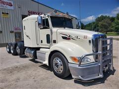 2010 Peterbilt 386 Flattop Tri/A Truck Tractor