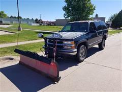 """1997 Chevrolet K1500 Tahoe W/7'6"""" Boss Straight Plow"""