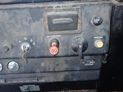 items/2d64fc9362bdea11bf2100155d72eb61/1984johndeere7720combine-78.jpg