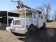 2001 International 4800 4x4 Digger Derrick Truck