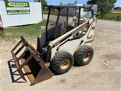 International 4130 Compact Skid Steer Loader