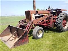 1966 Farmall 706 2WD Tractor W/Loader