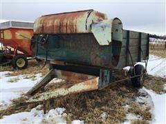 Schwartz 191 Feed Wagon