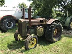 1948 John Deere D 2WD Tractor