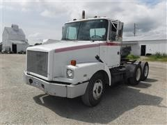 1993 White GMC WG64 T/A Day Cab Truck Tractor