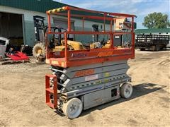 2008 SkyJack SJ2632 DC Electric Scissor Lift