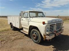 1977 Ford F500 Service Truck