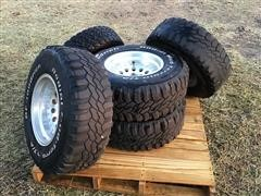 BF Goodrich Radial Mud-Terrain 31X10.50R15LT Tires & Rims