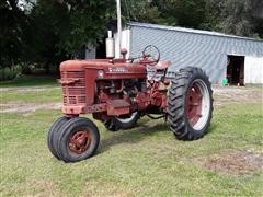 1940 Farmall International M 2WD Tractor