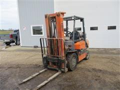 Toyota 42-5FG25 Forklift