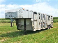 1993 Wilson 724 T/A GN Livestock Trailer