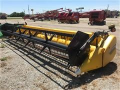 2012 New Holland 740CF-25 SuperFlex Header