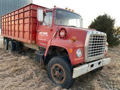 1973 Ford 880 T/A Grain Truck