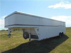 1996 CM T/A Enclosed Cargo Trailer