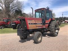 1984 International Harvester 5288 2WD Tractor