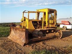 Caterpillar D7 Crawler Tractor W/Dozer Blade