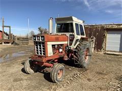 1972 International 966 2WD Tractor