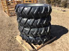 Valley 8000 Pivot Tires