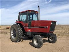 1983 International 5088 2WD Tractor