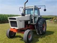 1976 Case 1570 2WD Tractor