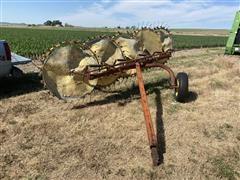 Farmhand F76B 5-Wheel Rake
