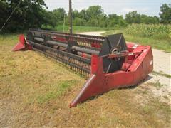 International Harvester 820 Flex-Header