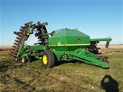 1996 John Deere 1850 42' Air Drill & 787 Seed Cart