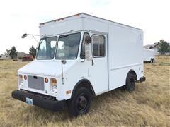 1988 Chevrolet P30 Panel Van Delivery Truck