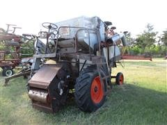 Gleaner A Combine - For Parts