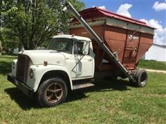 1971 International 1600 Seed Tender Truck