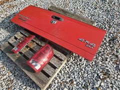 2004-2009 Dodge Pickup Tailgate & Tail Lights