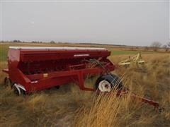 International 620 Grain Drill