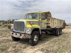 1973 Ford LT9000 T/A Manure Spreader Truck