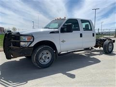 2013 Ford F350 SUPER DUTY 4X4 Crew Cab & Chassis Pickup