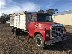 1977 Ford LN700 T/A Grain Truck